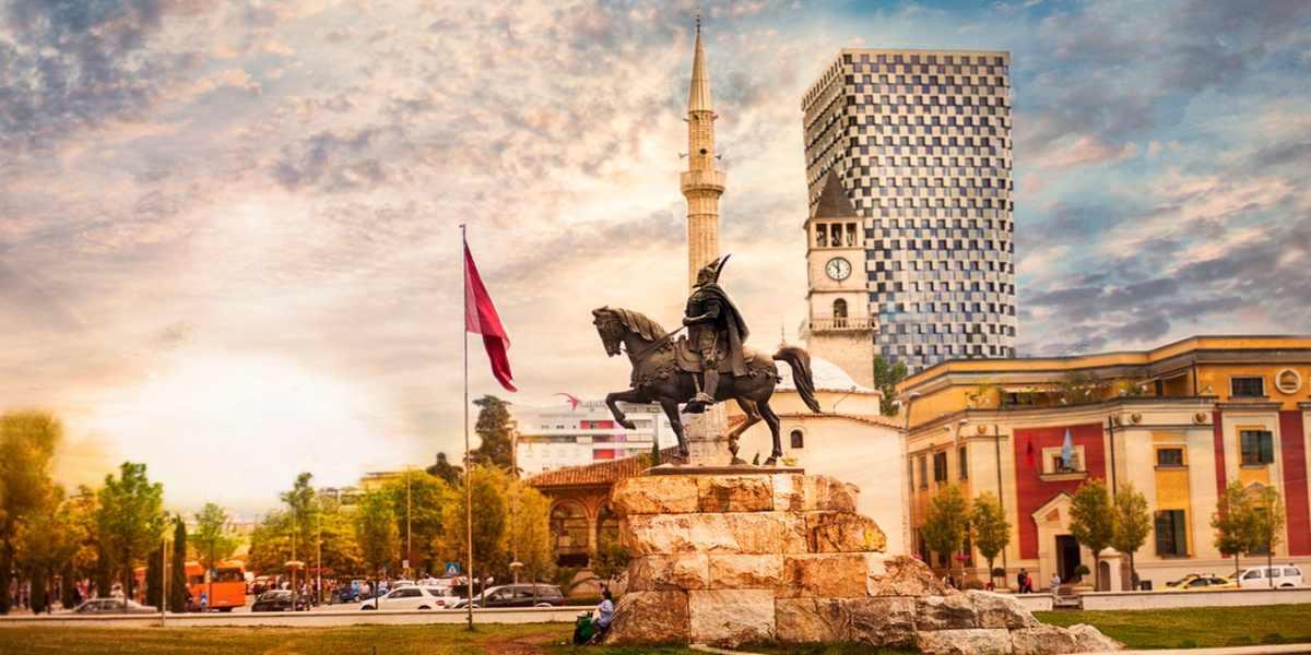 Arnavutluk Hakkında Kısa Bilgi